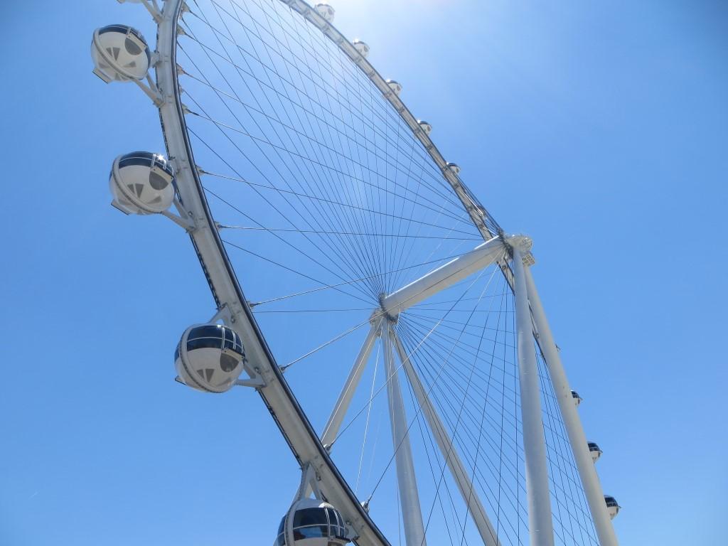 "Das 167 Meter hohe Riesenrad ""High Roller"""