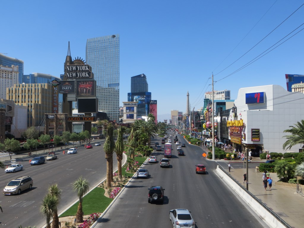 """Der Strip liegt zwar im Süden der Stadt stellt aus touristischer Sicht jedoch das """"Zentrum"""" dar"""