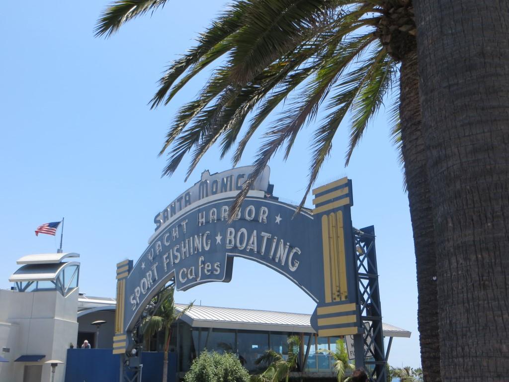 Der Eingang zur Santa Monica Pier