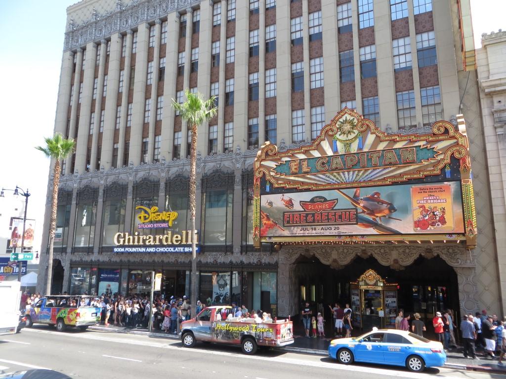 """Im """"El Capitan Theatre"""" zeigt Walt Disney seit vielen Jahren seine hauseigenen Produktionen"""