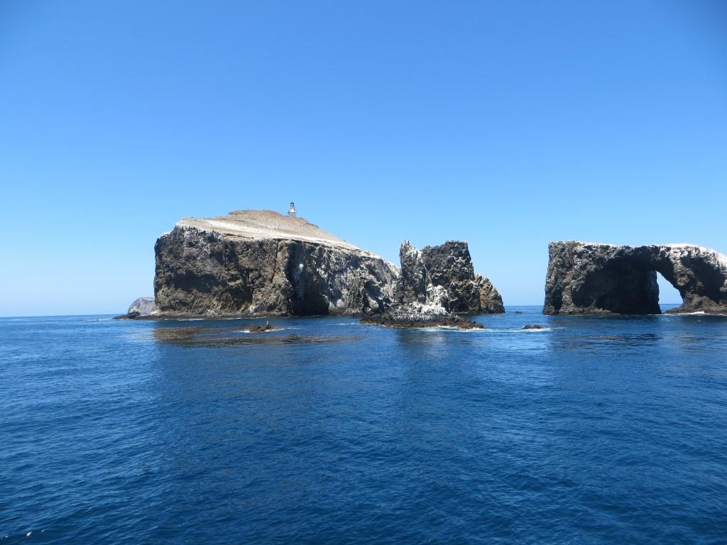 """Der Südzipfel der Insel mit dem """"Arch Rock"""" und dem """"Cat Rock"""" - wobei sich mir der letzte Name nicht ganz erschließt"""